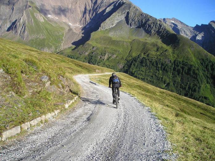 Gravel, przełaj, czy szosa - czyli najlepszy rower na jesień